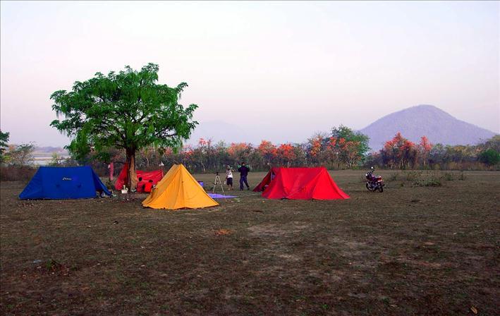 Deulghata_campsite_a_709x448