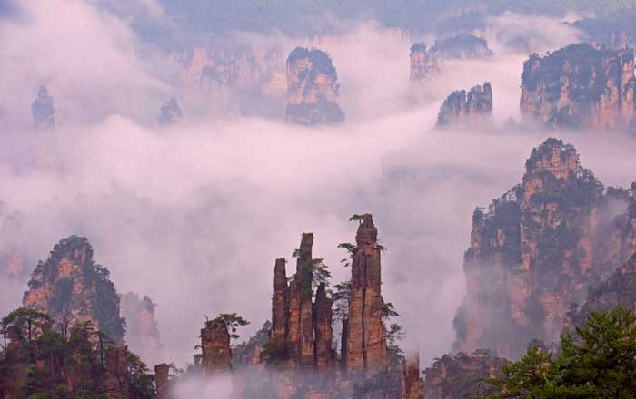 Wulingyuan-Scenic-Area,-Chi