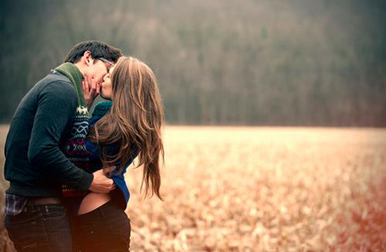 Loving-Couple-Photography-12