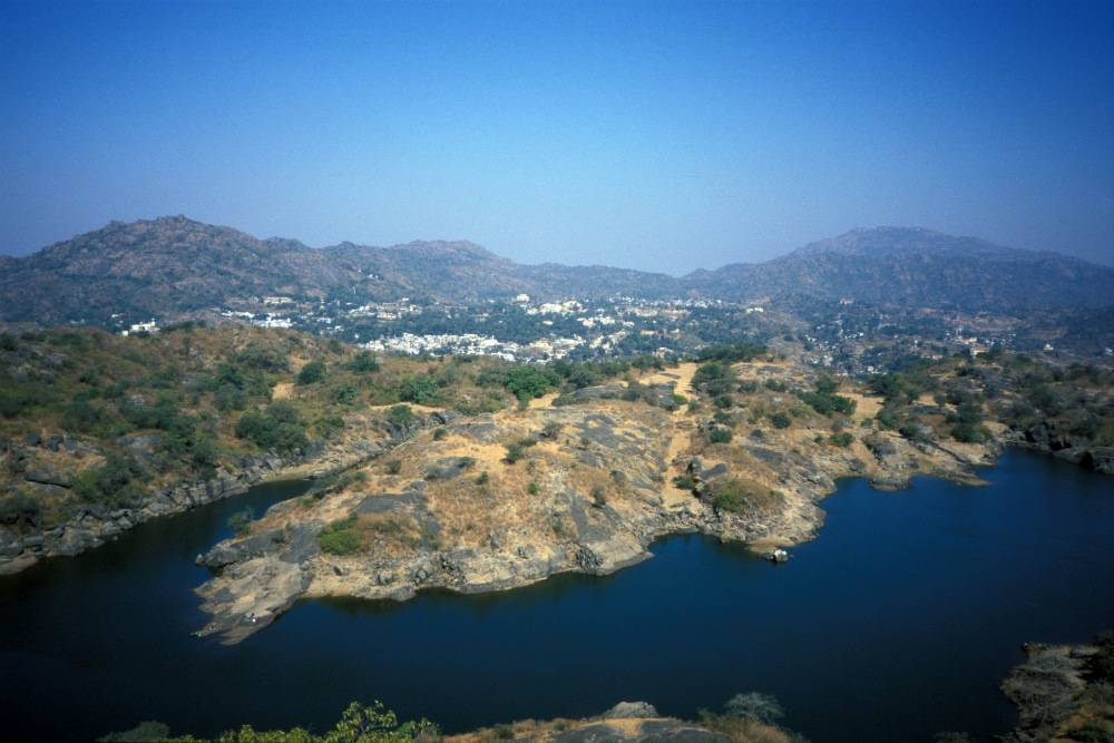 The-charming-hill-town-of-Mount-Abu